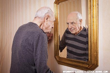 How to manage a fear of reflection in dementia care